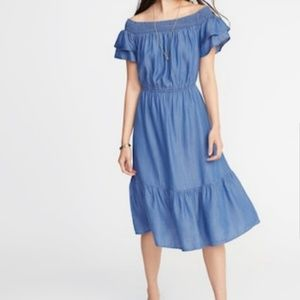 Old Navy Chambray off the Shoulder Midi Dress